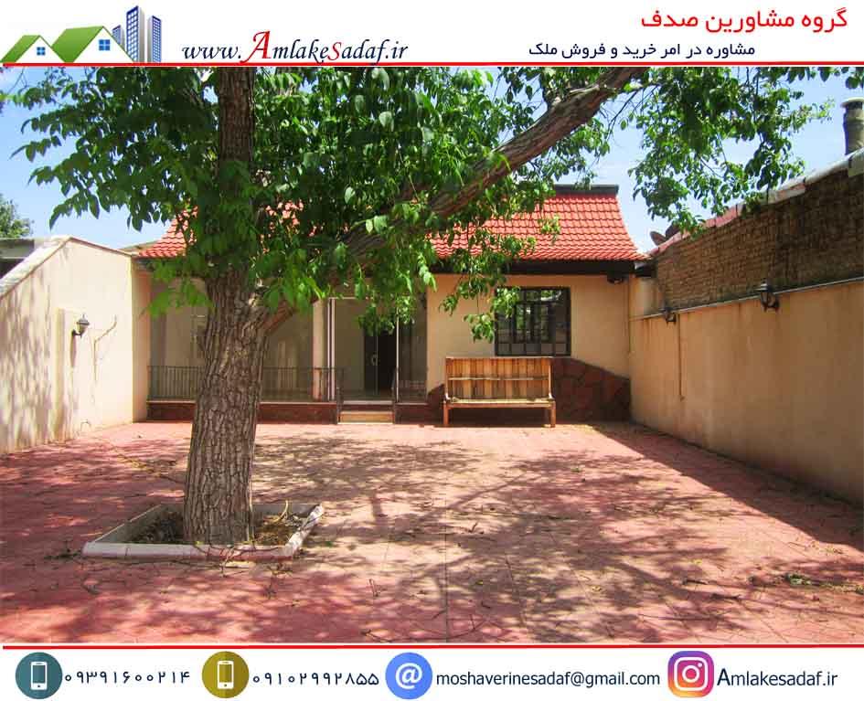 فروش ویلا 250 متری سند دار  حومه هشتگرد قلعه آذری